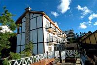 「娜魯灣休閒渡假山莊」主要建物圖片