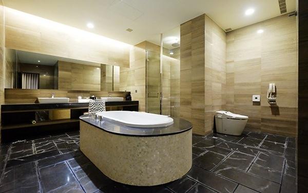 悦棧酒店照片: 浴室