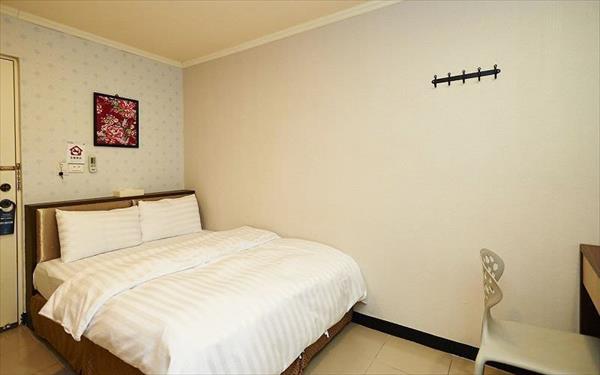 來七桃旅店照片: 394033_15041719010026947618