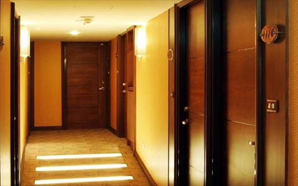 東鑫商務旅館照片: 走廊