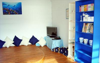 藍白舍海邊渡假民宿照片: 民宿客廳