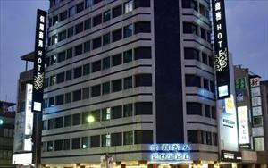「假期商務大飯店(高雄中正店)」主要建物圖片