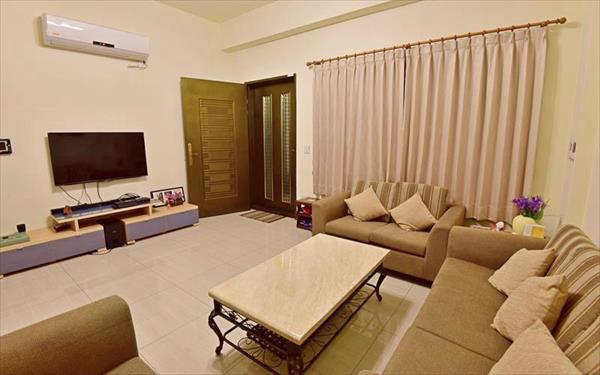 踏石包棟旅店照片: 大廳
