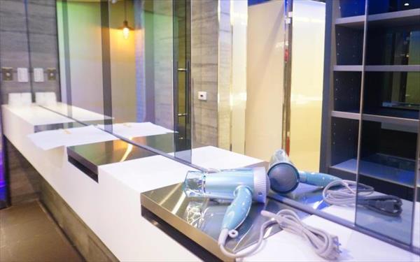 台北發現青年旅舍照片: 衛浴