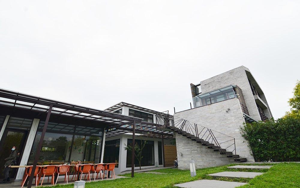 自然捲北歐風格旅店照片: 環境