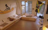 「猴子衝浪背包客青年民宿」主要建物圖片