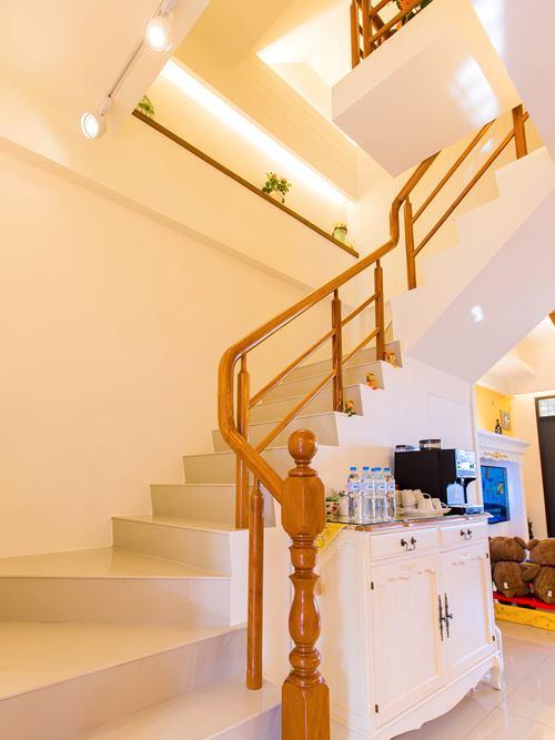 大吉屋民宿照片: 樓梯