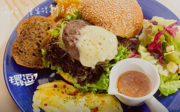 里亞環島行旅照片: 付費餐點