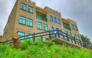 「卡布里城堡」主要建物圖片