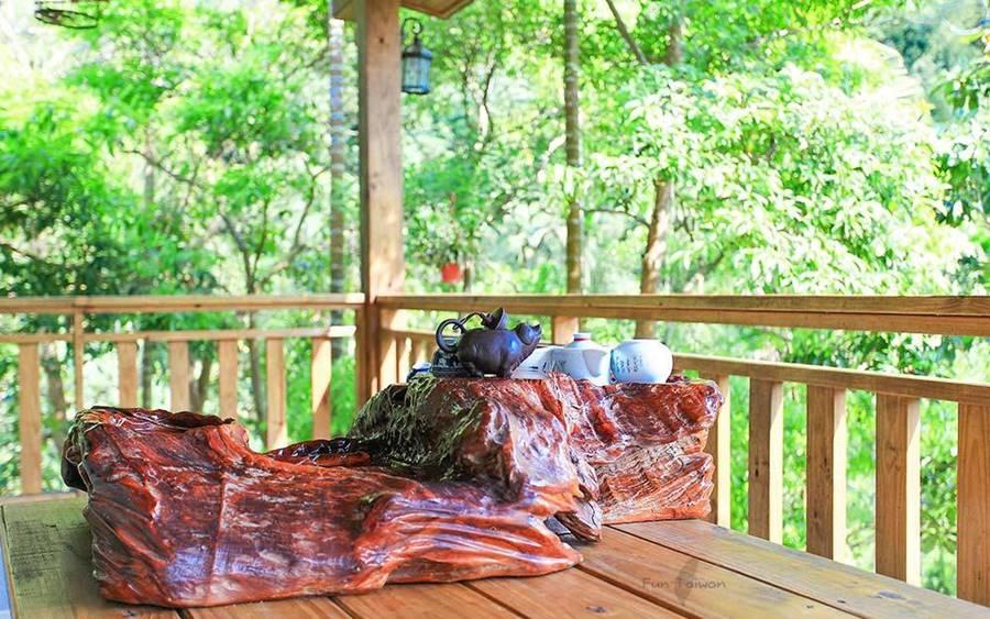 藍鵲喜居照片: