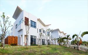 「嵐翎白砂渡假莊園」主要建物圖片