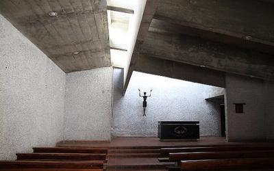 公東高工(公東教堂)