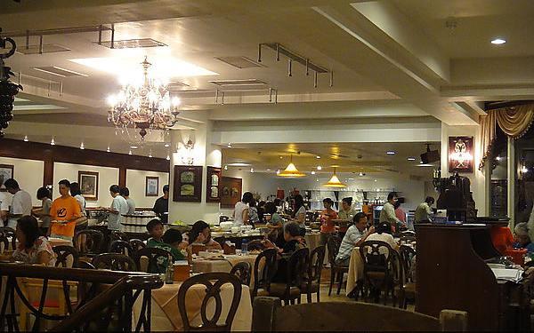 卡布里西餐廳