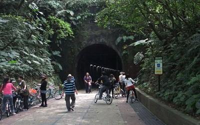 福隆舊草嶺隧道