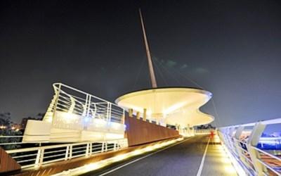 翠華自行車天橋