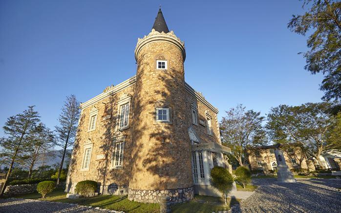 在靜謐的鳳林鎮郊區,感受古典西洋之美,雪雲城堡期待您的蒞臨!