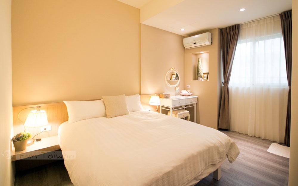 乾爽精緻的房間,舒適的大床,讓旅客擁有一個愉悅的休憩空間。愛好花蓮的朋友,歡迎您的到來!